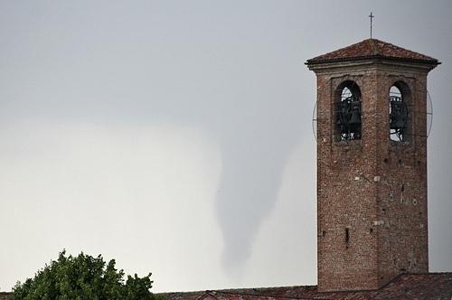 Il nubifragio non mette in ginocchio il milanese. Di Maio soddisfatto del lavoro svolto
