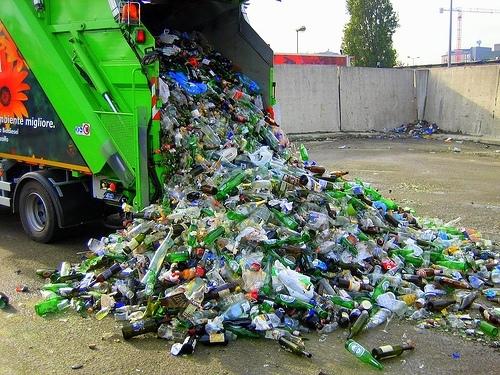 La raccolta differenziata arriva al 44%. Record nella raccolta dei rifiuti a Milano